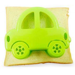 $enCountryForm.capitalKeyWord Australia - Fondant Molds Cupcake Fondant Cake Decorating Tools Sandwich Cutter Green Car Shape Cake Bread Toast Mould Maker