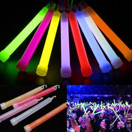 $enCountryForm.capitalKeyWord Australia - 5pcs 15cm multicolor Glow Stick Chemical light stick Camping Emergency decoration Party clubs supplies Chemical Fluorescent