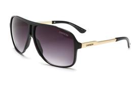 Опт Роскошные мужские брендовые дизайнерские солнцезащитные очки с солнцезащитными очками с квадратным логотипом на объективе.