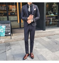 Best navy Blue tuxedo online shopping - Handsome One Button Groomsmen Peak Lapel Groom Tuxedos Men Suits Wedding Prom Dinner Best Man Blazer Jacket Pants Tie Vest