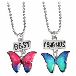 $enCountryForm.capitalKeyWord Australia - Cartoon Two Butterfly Pendant Best Friends Kids Friendship 2pcs Jewelry Round Beads Chains Colorful Necklace Fashion Trial Order 3 6nt M1 E1