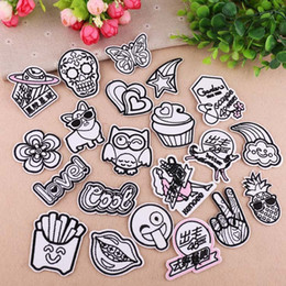 $enCountryForm.capitalKeyWord Australia - PGY 1PCS Black and White Cartoon Fruit Rainbow Patches for Clothing Punk Wind Diy Coat Hats Back Rubber star Embroidery Badges