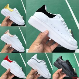 red tail gold Canada - Men women fashion Platform designer sneakers 3M reflective triple black white tail upper laser mens luxury flat casual shoes high quality