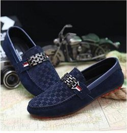 Wholesale Men Designer Red Bottoms Loafers Black Mens Leisure Flat Shoes Metal Buckle Suede Leather Doug Loafers Casual Men sneaker Flats Driving Shoe