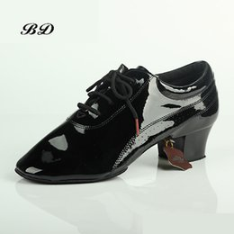 men shoe patent NZ - MEN SHOES Dance Shoes Ballroom Latin Imported Comfortable Insole Sweat Deodorant Imported Patent Leather Heel 4.5 cm Hot