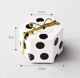 $enCountryForm.capitalKeyWord NZ - Wholesale paper gift box for chocolate packing candy small box wedding party gift box