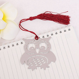$enCountryForm.capitalKeyWord Australia - 1 Piece Chic Adorable Owl Bookmarks Silver Color Alloy Bookmark With Red Color Tassels For Student Stationery Supplies