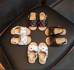 BaBy size slippers online shopping - Fashion Summer Baby Sandals Kids Boys PU Slippers First Walker Shoes Non slip Shoes Outdoor Beach Shoes Brand Floral Printed Sandal B6251