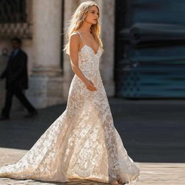 $enCountryForm.capitalKeyWord Australia - Romantic Full Lace Spaghetti Strap Beach Wedding Dresses Bow Tie Sashes Sequined Boho Wedding Gowns Backless Country Bridal Dress