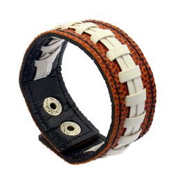 $enCountryForm.capitalKeyWord UK - Gum For Bracelets Sport Seamed Lace Leather Bracelets Herringbone Softball Fast Pitch Baseball Stitch cuff Bracelet