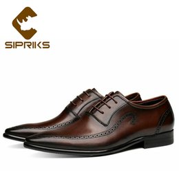 $enCountryForm.capitalKeyWord Australia - Sipriks Luxury Mens Cow Leather Brown Brogue Oxofrds Retro Pointed Toe Gents Suit Social Shoes Formal Tuxedo British Style 43 44