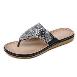 flip flop bling NZ - HEE GRAND Summer Beach Slippers Women Platform Bling Faux Rhinestone Creepers Flip Flops Lady Casual Simple Flats Shoes XWT1511