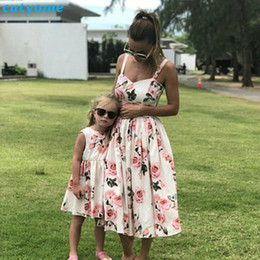 matching mommy girl clothes NZ - Family Look Women Matching Mother And Daughter Clothes Sleeveless Floral Dress For Mommy And Me Kids Girls Mom Daughter Dresses J190508