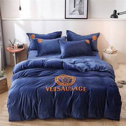 luxury modern bedding sets 2019 - Winter High-end Fleece Fabric Warm Soft Cotton Bedding Sets 4pcs Luxury Household Fashion Embroidery Bedroom Sheet Pillo