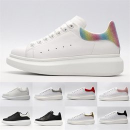 $enCountryForm.capitalKeyWord Australia - 2019 Designer 3M reflective white black leather casual shoes for girl women men pink gold fashion luxury mens women designer sandals shoes