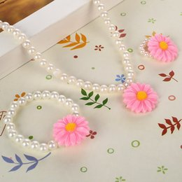$enCountryForm.capitalKeyWord Australia - Handmade Simulated Pearl Jewelry Sweet Suit Baby Kids Jewelry Set Sun Flower Necklace Stretch Bracelet Ring Party Gift