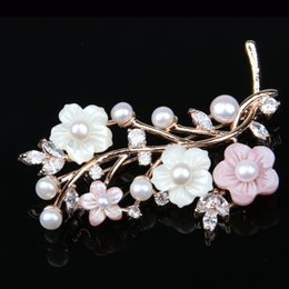 $enCountryForm.capitalKeyWord Australia - JNMM Jewelry High Quality Natural Delicate Pearl Shell Flower Zircon Brooch Pins Brooches Wedding Accessories 2 Colours