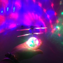 $enCountryForm.capitalKeyWord Australia - Crystal Flying RC Ball Infrared Induction Mini Aircraft Flashing Light Remote Control Helicopter Toys For Kids Gift Toy