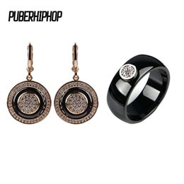 $enCountryForm.capitalKeyWord NZ - Fashion Jewelry Set For Women Trendy Style Rose Gold Silver Color Ceramic Round Shape Ear Earrings Rings Wedding Jewelry Gift