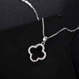 Necklaces Pendants Australia - S925 Sterling Silver Clover Necklaces Black Onyx Crystal Pendant Clavicular Chains Korean Fashion Pendant Necklaces Jewelry for Women 40CM