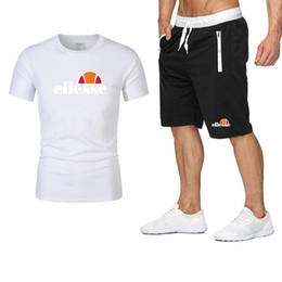 $enCountryForm.capitalKeyWord Australia - Mens Tracksuits Summer T-shirt+Pant Sportswear Fashion Casual Sets Short Sleeve Running Jogging Best Quality Plus Size