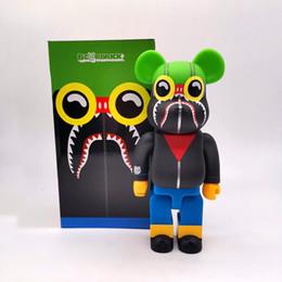 venda por atacado New 28CM 400% Bearbrick Iludir BANHA O MACACO figuras Toy Para Collectors Be @ rbrick trabalho de arte decorações modelo crianças gif