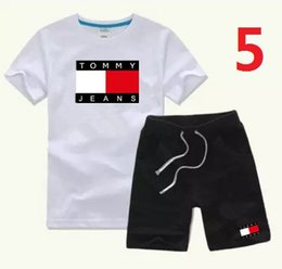 $enCountryForm.capitalKeyWord NZ - HOT SELL New Style Children's Clothing For COCO Boys And Girls Sports Suit Baby Infant Short Sleeve Clothes Kids Set G186