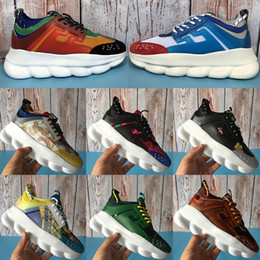 Champagne applique online shopping - New Italy Chain Reaction Chainz Gold Multi color Luxury Designer Shoes Mens Womens Floral Plaid Medusa Sneakers Chaussures