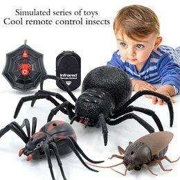 $enCountryForm.capitalKeyWord Australia - Remote Control Spider Cockroach Infrared Realistic RC Stimulation Insect Electric Animal Prank Tricky Toy Funny Novelty Gift