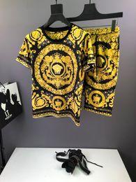 $enCountryForm.capitalKeyWord Canada - Hot Sale Designer Mens Tracksuit Designer t shirts men 2019 luxury clothes mens designer summer shorts pants Plus Size M-5XL