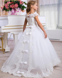 satin cut out wedding dresses Canada - Lace Tulle Ball Gown Flower Girl Dresses For Wedding Birthday Pageant Short Sleeve Cut Out Back Lace Up Ruffle54645