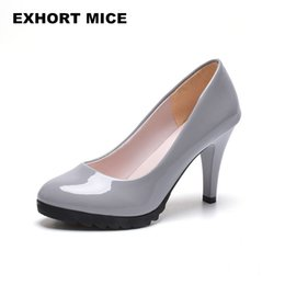 $enCountryForm.capitalKeyWord UK - Designer Dress Shoes 2019 Hot Women High Heel Pumps Thick Heel Pumps Round Toe Pump Sexy Footwear Wedding heels Spring Leather Woman 8cm