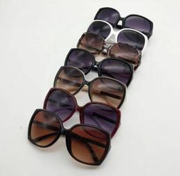 Frames Glasses For Girls Australia - 1pcs Fashion Round Sunglasses Eyewear Sun Glasses Designer Brand Black Metal Frame Dark 50mm Glass Lenses For Mens Womens Better Brown Cases