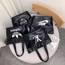 $enCountryForm.capitalKeyWord Australia - Women designer brand handbags shoulder bag outdoor travel bags cosmetic bag letter large capacity tote bags stylish fashion hot selling 943