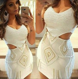 60d9e5a9c7a 2019 A-line scoop Neck Short white vintage prom dresses Sleeveless  Bridesmaid Dress full Pearls Knee Length zipper Back Homecoming Dresses