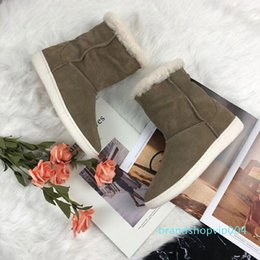 decorative boots NZ - Hot Sale-European style luxury Ladies Boots real Leather Motorcycle more color Boots pure stars decorative Warm boots hair inside Fashion