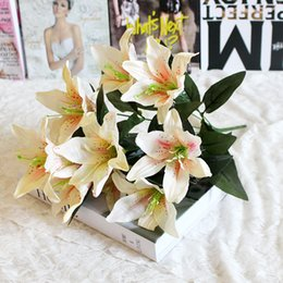Fake Lilies Flowers Australia - 10 Heads Home Garden Fake Lily Wedding Easter Romantic Valentine's Day Decorative Bouquet Artificial Flower Party Crafts Hotel