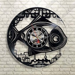 $enCountryForm.capitalKeyWord NZ - Metal Looking Fish Gears Vinyl Wall Clock Gift Room Modern Home Record Vintage Decoration Handmade Art Personality Gift (Size: 12 inches, Co