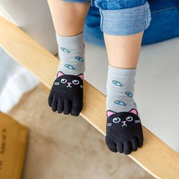 boys toddlers socks Canada - Cute Cartoon Small Animal Pattern Breathable Socks Toddler Baby Kids Girls Boy Cartoon Five Fingers Anti Slip Cotton Socks #G2