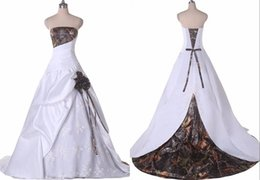 $enCountryForm.capitalKeyWord Australia - Elegant White Lace Camo Wedding Dresses Cheap Long Strapless Lace up Back Real Photo Ruched New Country Wedding Dress Bridal Gowns New