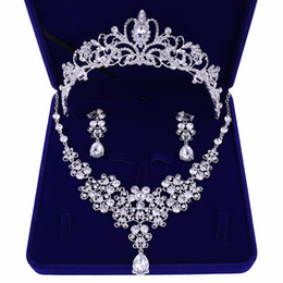 Chinese  Diamond Wedding Crows Wedding Accessories Bridesmaid Jewelry Accessories Bridal Accessories Set With Box(Crown + Necklace + Earrings) manufacturers
