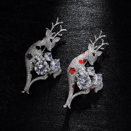 Wholesale Suits Party Australia - Elegant Crystal Deer Brooch Suit Coat Shirt Pins Evening Dress Brooch Woman Jewelry Weddings Party Banquet Brooch