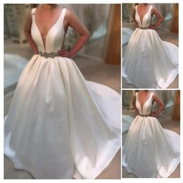 $enCountryForm.capitalKeyWord Australia - New Arrival Bridal Gowns Sleeveless Satin V-neck Court Train Floor-length Backless A-line Regular Vintage Wedding Dress Imported-china