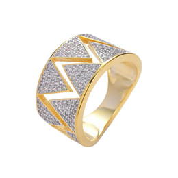 $enCountryForm.capitalKeyWord UK - hip hop lightning diamonds rings for men western luxury ring with side stones real gold plated copper zircons jewelry gift for bf husband