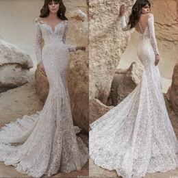 $enCountryForm.capitalKeyWord Australia - 2019 Modest Mermaid Wedding Dresses V Neck Lace Rose Appliqued Long Sleeve Country Bridal Gowns Sexy Backless Plus Size Boho Wedding Dress
