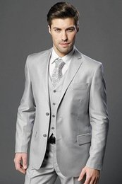 Groom Groomsmen Champagne Vest Australia - Nice New Vogues Two Buttons Light Grey Groom Tuxedos Notch Lapel Groomsmen Wedding Prom Suits ( Jacket+Pants+vest+tie)