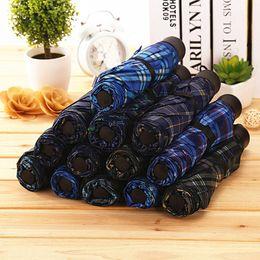 Toptan satış Baskılı Ekose Şemsiye Unisex Çift Şemsiye Mix Renkler Katlama Kısa Sap Şemsiye Katı Renk Şemsiyeler DBC BH0804 Üç katlanır