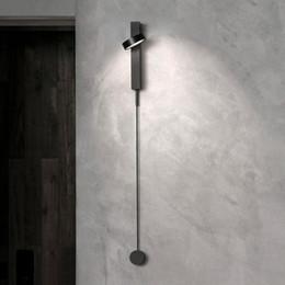 Venta al por mayor de Nordic moderna luz de pared interruptor regulable de lujo simple sala de estar pasillo pasillo dormitorio personalidad creativa lámpara de pared junto a la cama