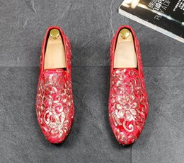black boat dress shoes mens 2019 - 2019 New Fashion Embroidered Men's Shoes Autumn Retro Casual Boat Shoes Men Wedding Party Slip On Shoes Mens Loafer