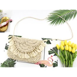 $enCountryForm.capitalKeyWord Australia - Summer Tassel Straw Shoulder Bag for Women Paper Rope Hook Hand-woven Casual Handbags Beach Travel Girls Crossbody Flap Bags